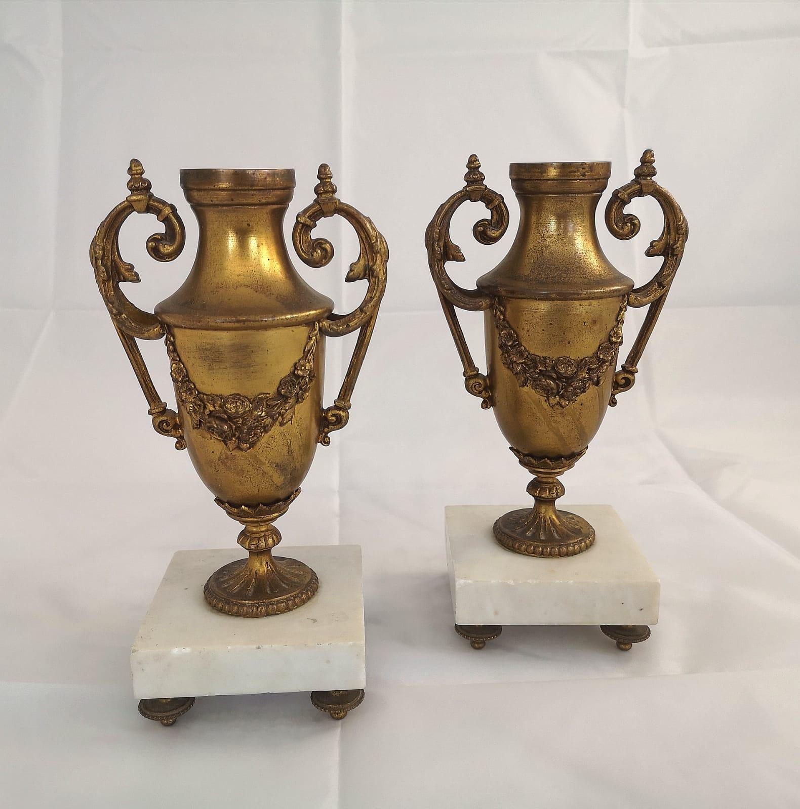 Paar antike Vasen Bronze Louis XVI Frankreich